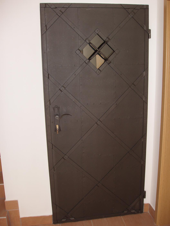 kovane_zelezne_dvere_001