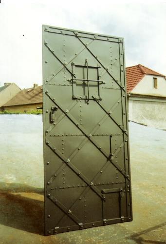 kovane_zelezne_dvere_004