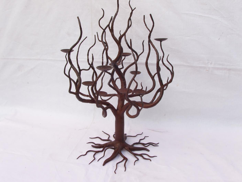 kovany_svicen_strom_001