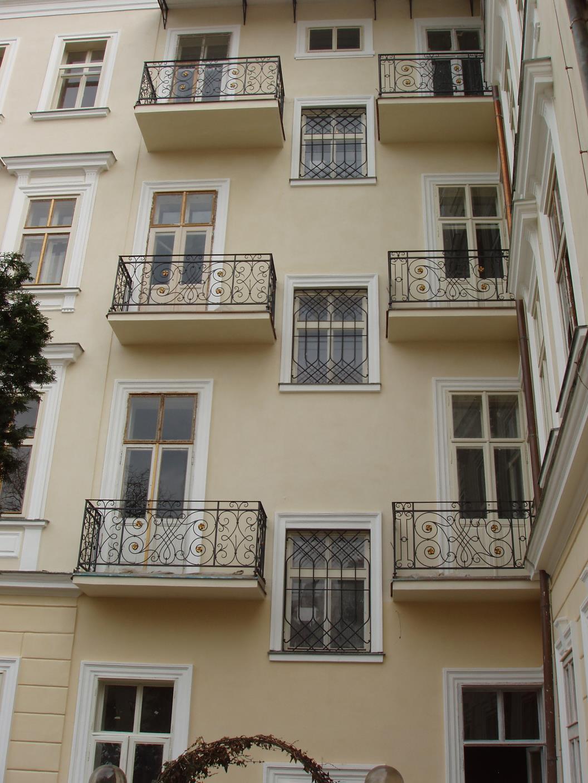 kovane_zabradli_balkon_003