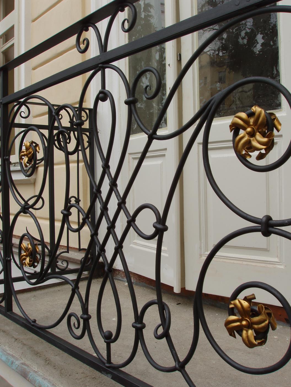 kovane_zabradli_balkon_003_detail_02